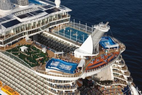 allure of the seas ship 110 Take a ride on the biggest cruise ship in the world (34 Photos)
