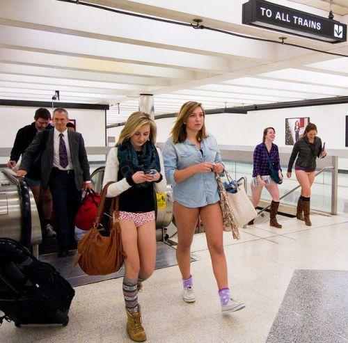 no pants subway 12 No pants subway ride 2012 (36 Photos)