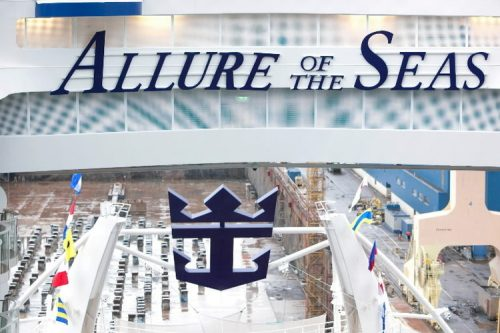 allure of the seas ship 2 Take a ride on the biggest cruise ship in the world (34 Photos)