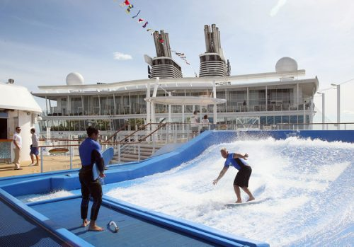 allure of the seas ship 11 Take a ride on the biggest cruise ship in the world (34 Photos)