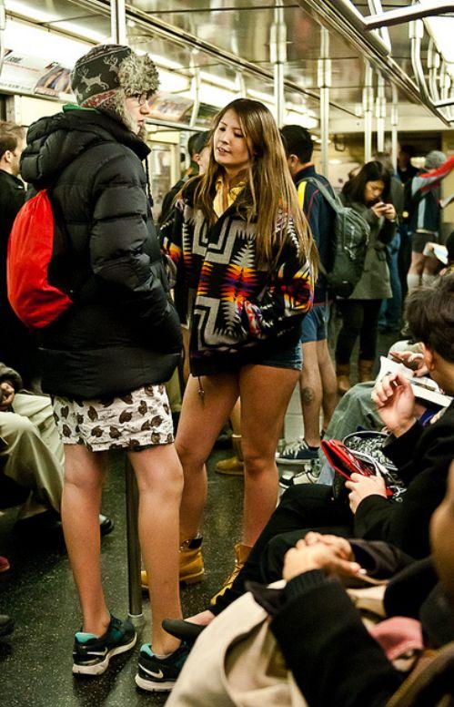 no pants subway 18 No pants subway ride 2012 (36 Photos)
