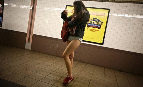 no pants subway 28 No pants subway ride 2012 (36 Photos)