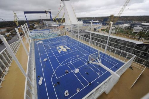 allure of the seas ship 23 Take a ride on the biggest cruise ship in the world (34 Photos)