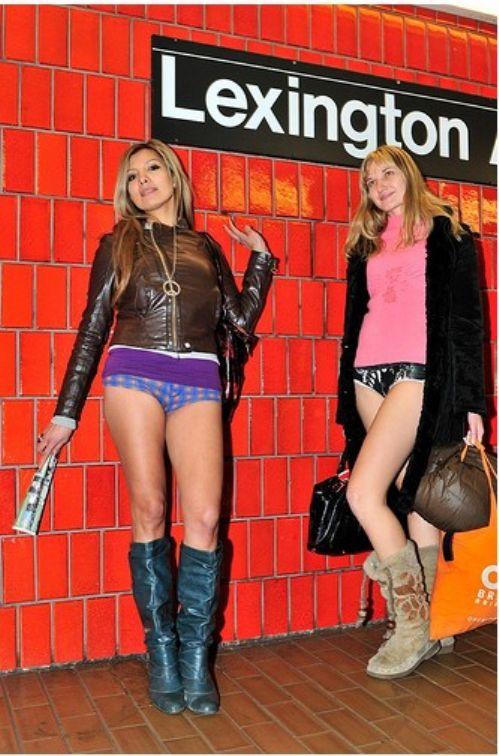 no pants subway 26 No pants subway ride 2012 (36 Photos)
